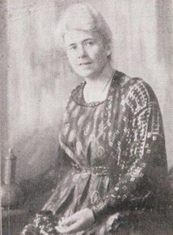 Tilia Hill portret