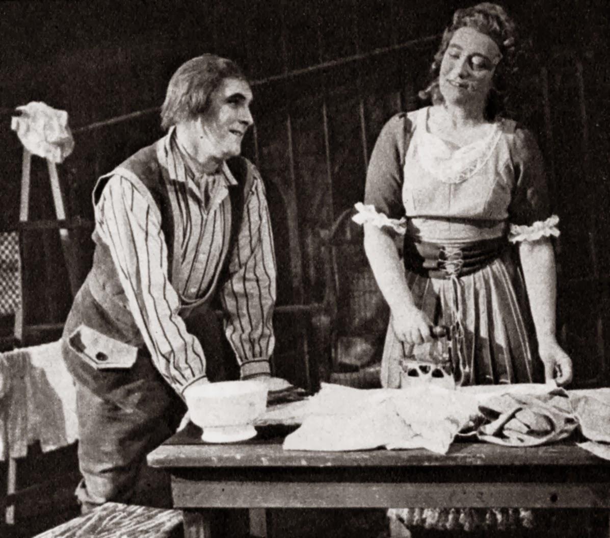 Greet Koeman als Marzelline in Fidelio (1949) met Chris Scheffer als Jaquino