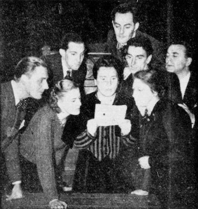 1941 Gianni Schicchi v.l.n.r. Siemen Jongsma, Gerda Pons, Chr. Scheffer, Ans Suroink, Chris Reuraer, Jos Plemper, Truus Schermer en Johan Lammen